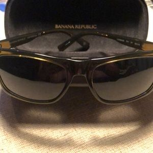 Banana republic men's sunglasses